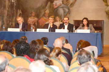 El Gobierno de Castilla-La Mancha resalta la labor y cuidados de los profesionales a lo largo de los 20 años de la UCI del Hospital Provincial de Toledo