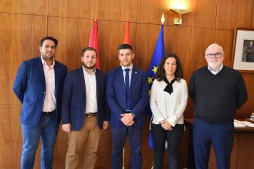 El Gobierno regional aborda con el Ayuntamiento de Campo de Criptana asuntos relacionados con el transporte y el desarrollo urbano de la ciudad