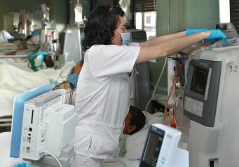 El Gobierno regional incorpora al colectivo de técnicos en Cuidados Auxiliares de Enfermería a la oferta regional de cursos de formación específicos en unidades especiales