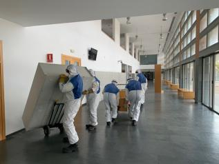 El Gobierno de Castilla-La Mancha comienza el acondicionamiento de la Facultad de Medicina de Albacete como dispositivo sanitario para aumentar la capacidad de respuesta ante la incidencia del coronavirus
