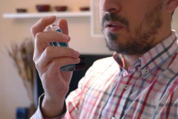 Los alergólogos piden a los pacientes asmáticos que extremen las precauciones y sean disciplinados en el seguimiento de sus tratamientos