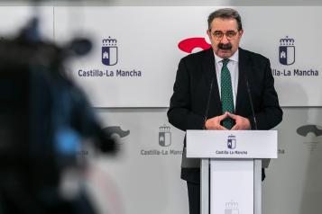 Reunión con miembros de la Sociedad de Medicina Intensiva y Unidades Coronarias de Castilla-La Mancha (SOMIUCAM) (Sanidad)