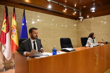El consejero de Desarrollo Sostenible, José Luis Escudero, comparece en Comisión en las Cortes de Castilla-La Mancha