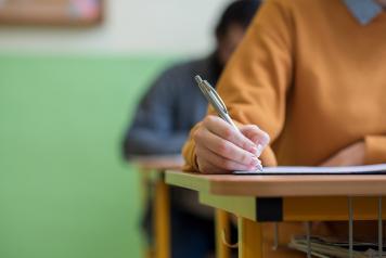 El Gobierno regional convoca el proceso de admisión en centros de educación para personas adultas e institutos de secundaria que imparten Bachillerato para adultos