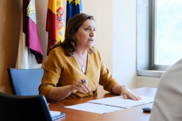 La consejera de Educación, Cultura y Deportes, Rosa Ana Rodríguez, participa en la reunión telemática con la Mesa de Padres