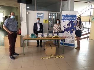El Gobierno regional reparte 2.600 mascarillas y otros tantos hidrogeles en los centros educativos para la celebración de las pruebas de acceso en la provincia de Toledo