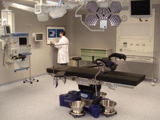 El Hospital de Valdepeñas retoma la actividad quirúrgica programada de forma paulatina en todas sus especialidades