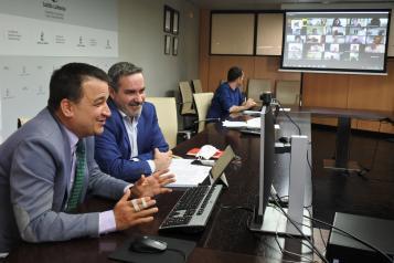 El consejero de Agricultura, Agua y Desarrollo Rural, Francisco Martínez Arroyo, inaugura la Asamblea General Ordinaria de la Red Castellano-Manchega de Desarrollo Rural (RECAMDER)