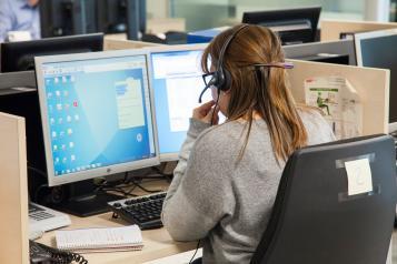 El Gobierno de Castilla-La Mancha inicia la campaña de recomendaciones ante el calor para las personas mayores a través del Servicio Público de Telasistencia