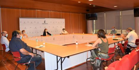 El Gobierno regional avanza con las asociaciones del Pueblo Gitano para mejorar la integración social de las familias más vulnerables