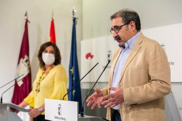 El consejero de Sanidad informa en el Palacio de Fuensalida de Toledo, sobre asuntos del Consejo de Gobierno