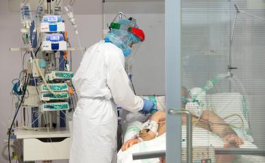 Desciende el número de hospitalizados en cama convencional por infección de COVID-19 en Castilla-La Mancha durante el fin de semana