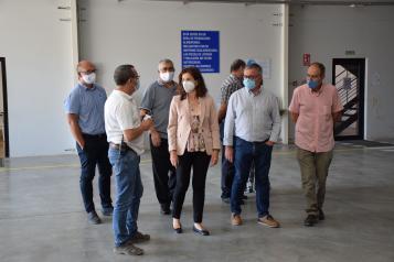 La viceconsejera de Empleo, Diálogo Social y Bienestar Laboral visita las instalaciones de la empresa Frutalinda en Hellín