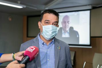 El consejero de Agricultura, Agua y Desarrollo Rural, Francisco Martínez Arroyo, participa, por videoconferencia en la International Bureau de la Asamblea de las Regiones Europeas Vitícolas (AREV)