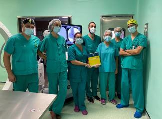 El servicio de Cirugía Vascular del Hospital de Guadalajara, pionero en el uso de un nuevo balón farmacoactivo para tratar la obstrucción de un bypass