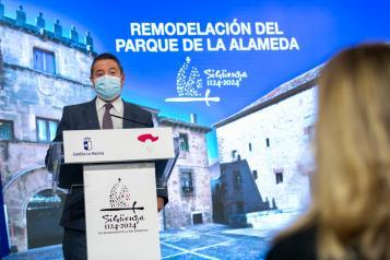 Firma de un protocolo de colaboración el Ayuntamiento de Sigüenza (II)