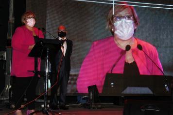 La delegada de la Junta de Comunidades asistió a la gala de I+TV