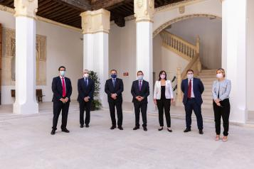 García-Page asegura que avanzar en la A-43 a su paso por Puertollano y Almadén y el Plan de Modernización Ciudad Real 2025 son claves en la agenda del Gobierno regional