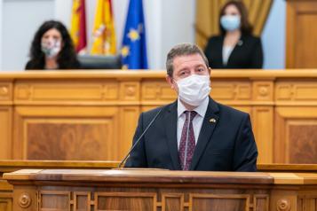 El presidente regional avanza la mudanza al nuevo Hospital de Toledo, la puesta en marcha del Hospitalito del Rey y la instalación del Instituto de Investigación Biomédica en Parapléjicos