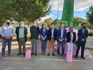 El Gobierno de Castilla-La Mancha fomenta la separación y recogida selectiva de vidrio participando en una campaña de sensibilización y prevención frente al cáncer de mama