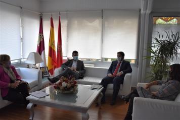 El Gobierno regional incluirá en los presupuestos la Ronda Sur, el Centro de Folclore y el nuevo centro de salud de Ciudad Real