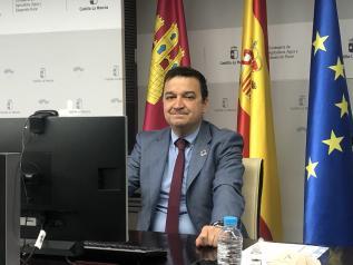 El consejero de Agricultura, Agua y Desarrollo Rural, Francisco Martínez Arroyo, interviene en la inauguración del IV Campus de Jóvenes Cooperativistas, organizado por Cooperativas Agro-alimentarias de Castilla-La Mancha, en su formato digital