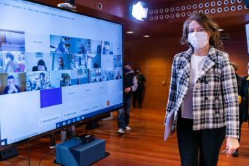 El Gobierno de Castilla-La Mancha inicia la modificación normativa que garantiza la Teleasistencia universal a los mayores de 70 años