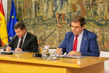 El  Gobierno de Castilla-La Mancha facilita el pago de los tributos mediante giro postal tras un acuerdo con Correos