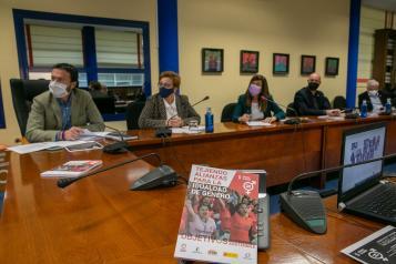 El consejero de Desarrollo Sostenible inaugura la Jornada Virtual 'Tejiendo Alianzas para la Igualdad de Género', organizada en colaboración con la Coordinadora de ONGD de Castilla-La Mancha y el Instituto de la Mujer