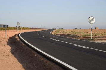 El Gobierno regional va a invertir 5,3 millones de euros para la mejora de la señalización de la Red regional de Carreteras