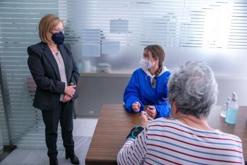 La viceconsejera de Promoción de la Autonomía y Atención a la Dependencia, Ana Saavedra, ha visitado el Centro de Rehabilitación Integral CAP TOLEDO