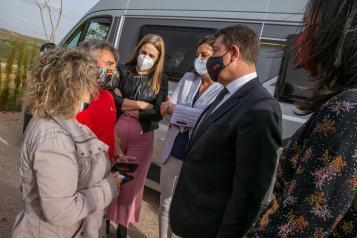 INAUGURACIÓN GARCÍA-PAGE ÁREA AUTOCARAVANAS EN VILLANUEVA DE LOS INFANTES.