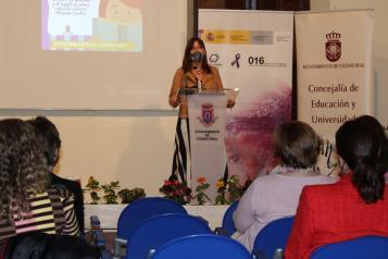 La consejera de Igualdad y portavoz del Gobierno regional participa en la lectura de los capítulos XII, XIII y XIV del Quijote