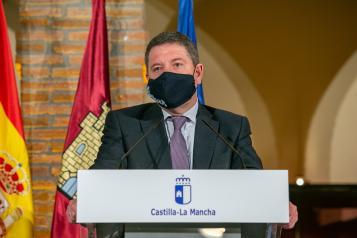 Convenio para la cesión de piezas al Museo Ruiz de Luna de la Ciudad de la Cerámica