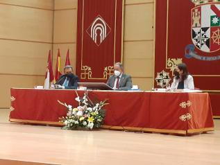 El Gobierno de Castilla-La Mancha apuesta por retener el talento que surge desde las facultades de Medicina de la Comunidad para fortalecer el sistema público de salud