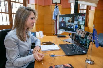 El Gobierno de Castilla-La Mancha muestra el trabajo de la Oficina en Bruselas al alumnado de varios centros de la región