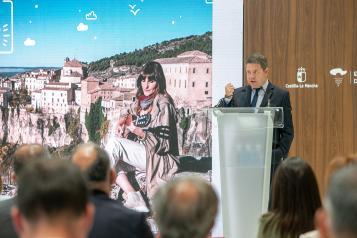 El presidente García-Page anuncia 200 millones de euros en ayudas directas para empresas de la región afectadas por la Covid