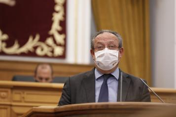 Intervención del consejero de Hacienda y Administraciones Públicas, Juan Alfonso Ruiz Molina, en las Cortes regionales