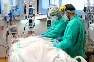 Continúa la reducción de hospitalizados por COVID-19 en Castilla-La Mancha y no se registra ningún fallecido por la pandemia