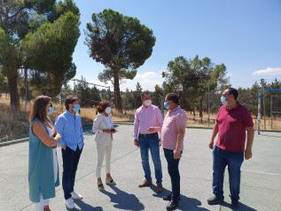 El Gobierno Castilla-La Mancha y el ayuntamiento de Olías del Rey abordan conjuntamente nuevos proyectos medioambientales