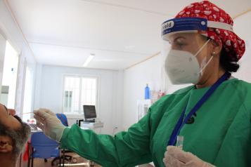 Desciende el número de pacientes con COVID-19 hospitalizados en cama convencional en Castilla-La Mancha
