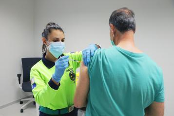 Nueva reducción de casos y hospitalizados por COVID-19 en Castilla-La Mancha