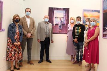 Inauguración exposición Ventanas Violetas en Casa Perona