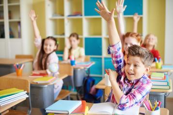 El Gobierno regional y CMM celebrarán el próximo año el 40 aniversario del Estatuto de Autonomía con el concurso escolar 'Soy quien más sabe de la región'