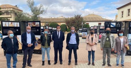 El Gobierno regional continúa impulsando la promoción de la artesanía con la inauguración del Paseo de los Artesanos en Madridejos