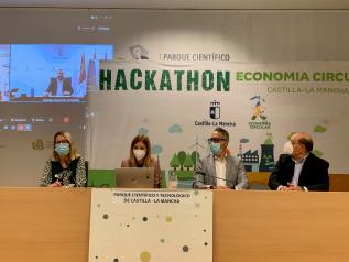 El consejero de Desarrollo Sostenible, José Luis Escudero, inaugura el I Hackathon de Economía Circular de Castilla-La Mancha, que reunirá a cien participantes que desarrollarán soluciones innovadoras a los retos ambientales planteados