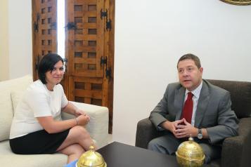 Reunión del Presidente Page con la alcaldesa de Puertollano en torno al futuro de Elcogás