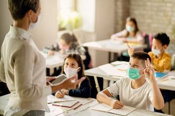 El Gobierno regional convoca 115 plazas de Auxiliares de Conversación para los centros educativos para el curso escolar 2021-2022