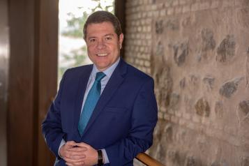 Artículo del presidente de Castilla-La Mancha con motivo de la celebración, hoy 21 de septiembre, del Día Mundial del Alzheimer
