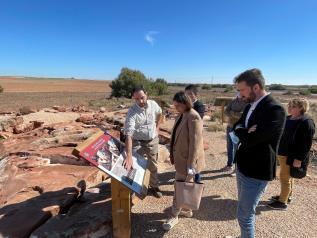 El Gobierno regional suma a la red de yacimientos rupestres visitables de Castilla-La Mancha el de la Casa del Oro de Quero (Toledo)